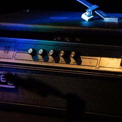 Evan Sarver bass amp Ampeg V-4B x EWF
