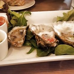 Steamers Restaurant OBX Raw Oyster